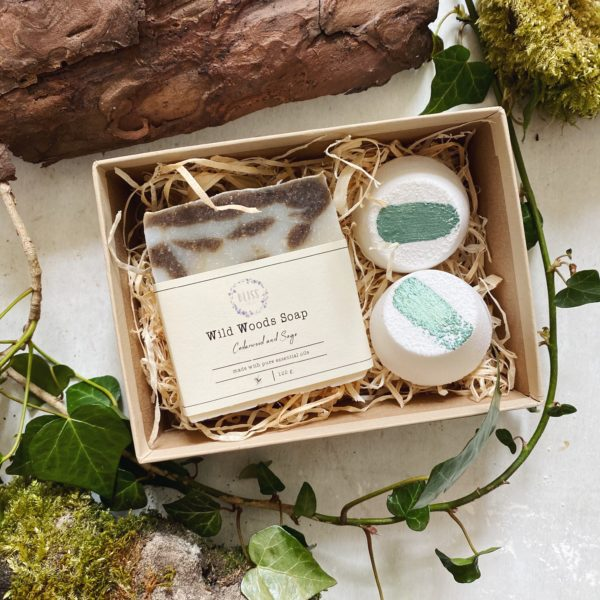 Woodland spa gift box with handmade soap and shower steamers.